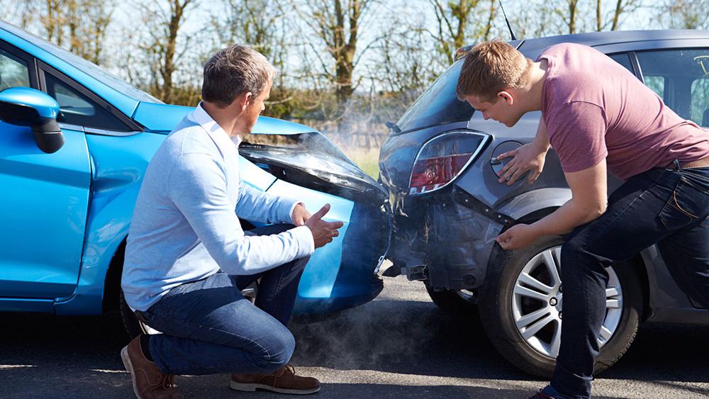 Quem não tem habilitação é culpado em um acidente de trânsito?