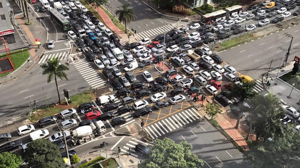 5 mitos sobre preferência no trânsito