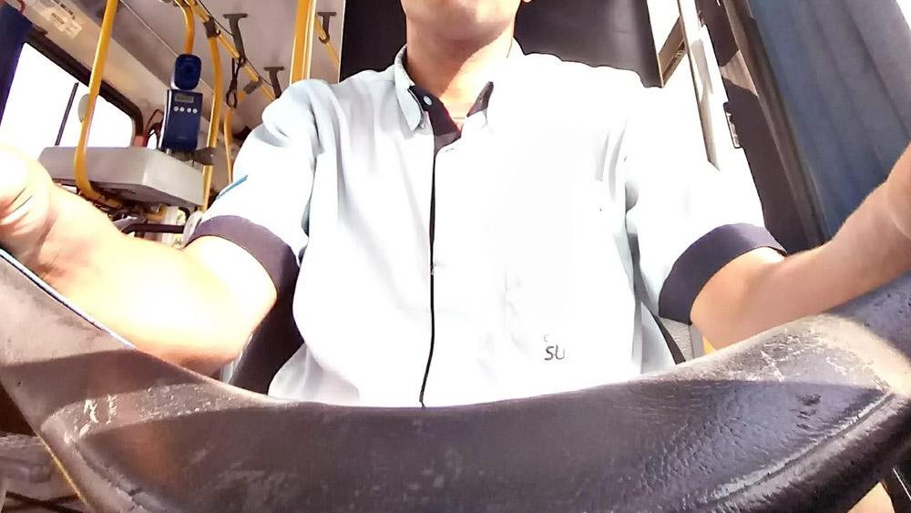 Você sabe por que o motorista de ônibus circular não usa o cinto de segurança?