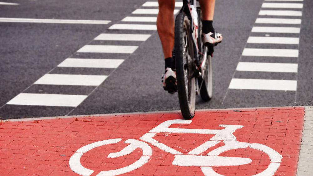 Multa de trânsito para ciclistas e pedestres