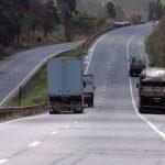 Veículos podem transitar pelo acostamento – Mito ou Verdade