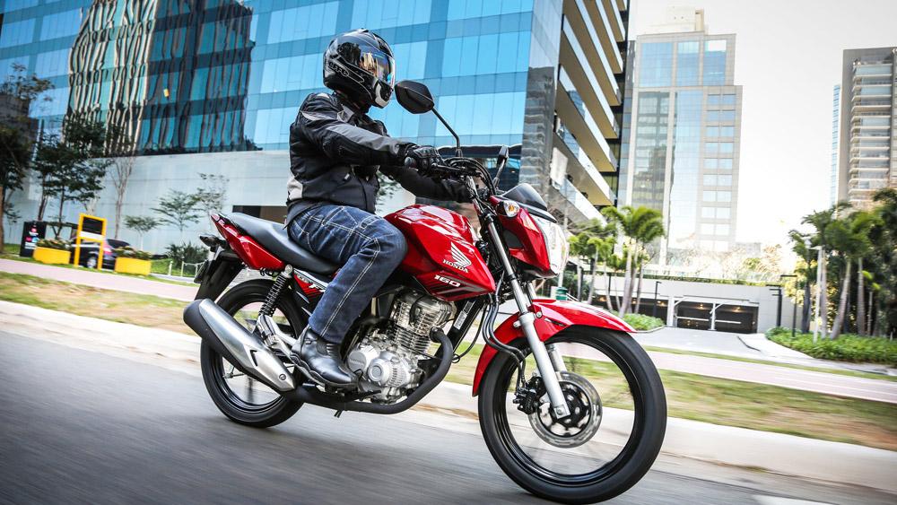 Infrações em motocicletas não podem afetar o direito de dirigir automóveis