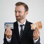 Mudanças anunciadas pelo Contran devem baixar o custo para tirar a habilitação