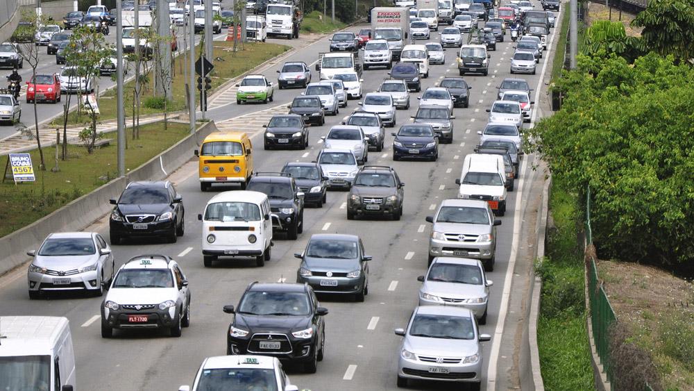 Multa por desobediência ao rodízio de veículos em São Paulo, é lícita?