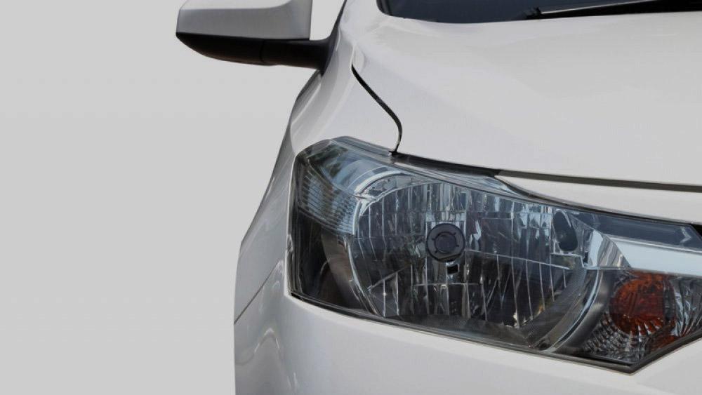 As consequências de conduzir um veículo com lâmpada queimada